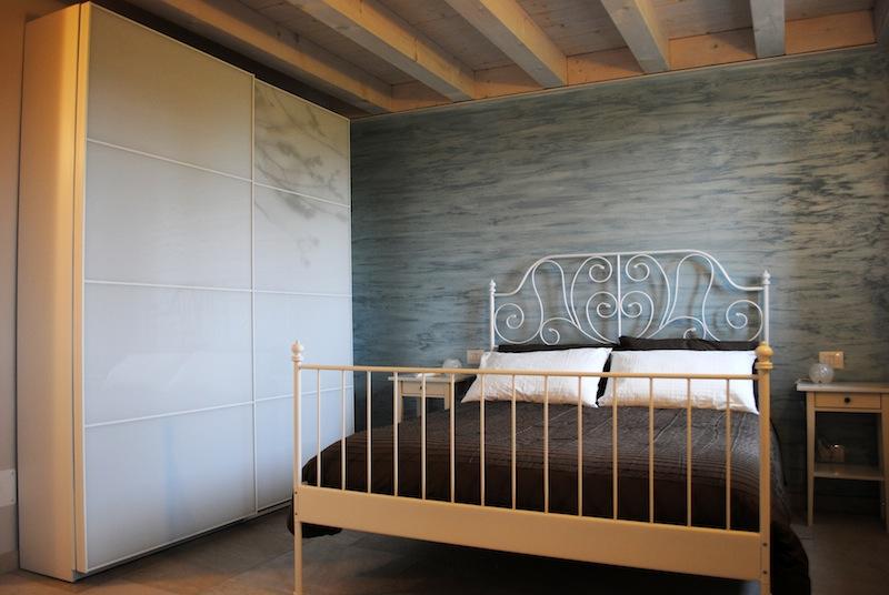 Camera paradiso bed and breakfast castello villafranca for Piani di aggiunta della camera da letto del primo piano